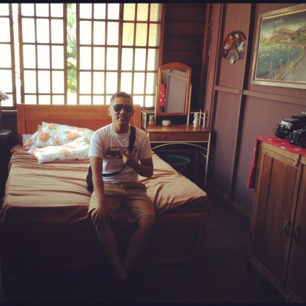 Kute, Mamang and Lola mamang's bed